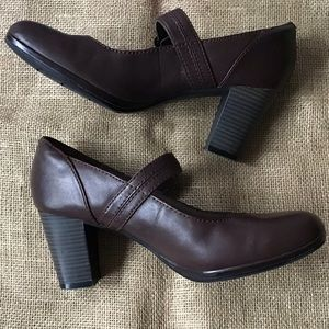 Clarks Collection